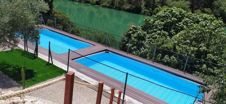Casas rurales en Alcalá del Júcar con piscina Verano en Casas del Herrero Tolosa